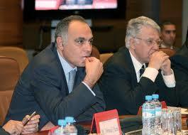 Salaheddine Mezouar, ministre des Finances, et Abbas El Fassi, Premier ministre